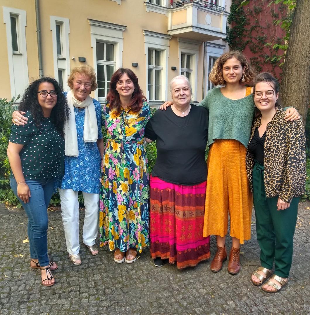 You are currently viewing Interfaith Tour zu Gast im Berliner Forum der Religionen
